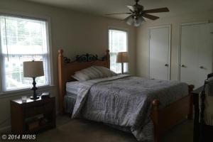 FX8402050 - Bedroom (Master)